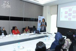 Briefing presentation on Social Media and Community Outreach Strategy for TinDAK Campaign by Ms Gayatri Unsworth, TinDAK Campaign Co-Coordinator. [Taklimat mengenai strategi Media Sosial dan Capaian Komuniti Kempen TinDAK yang disampaikan oleh Cik Gayatri Unsworth, Penyeleras Bersama Kempen TinDAK.]